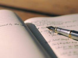 5 Ways To Earn Money Using Your Writing Skills At University
