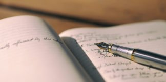 5 Ways To Earn Money Using Your Writing Skills At University